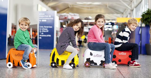 Viele Varianten: Kinderkoffer am Flughafen