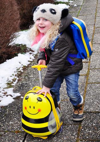 Knorrtoys Rolly Trolley Bee im Einsatz